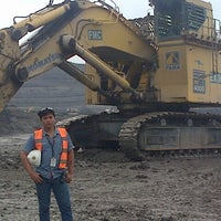 Photo taken at PT.United Tractors Site Bendili KPCS by Mhoko 2. on 2/22/2014