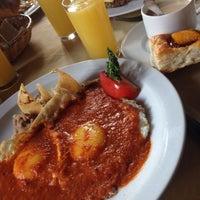 Foto tomada en Restaurante La Aldaba por Caro H. el 10/16/2016