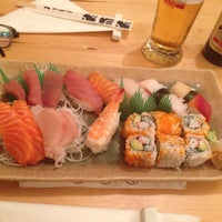 Photo taken at SW9 Sushi Bar by Bình H. on 3/25/2014