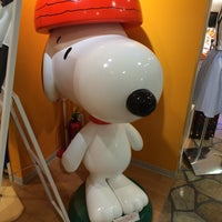 Photo taken at Snoopy Town Shop by はづき on 9/15/2014
