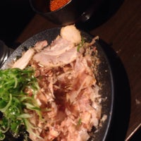 Photo taken at つけ麺本舗 辛部 五日市店 by やまっち @. on 4/16/2016