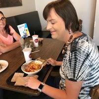 Foto scattata a Anthony's Pizza & Pasta da Emily T. il 8/22/2018