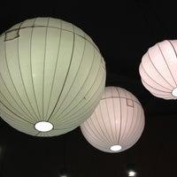 รูปภาพถ่ายที่ Sawasdee โดย KunG S. เมื่อ 12/19/2012