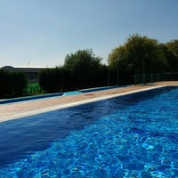 Photo taken at piscina quintana de rueda by Pipi on 8/15/2014
