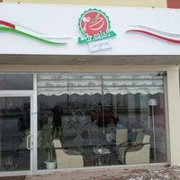Foto tirada no(a) Dr. Salad por Minecik 🐥 em 12/2/2013