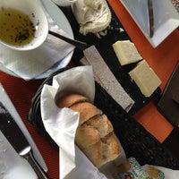 Photo taken at Cafeína by Julian H. on 11/21/2012