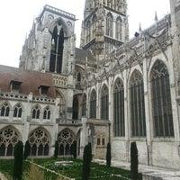 Photo prise au Cathédrale Notre-Dame de Rouen par Javier O. le9/21/2012