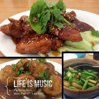Photo taken at Choy Hi Restaurant by Jεnniε® K. on 2/17/2014
