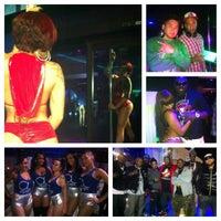 Foto diambil di Off Limits Night Club oleh John C. pada 1/24/2013