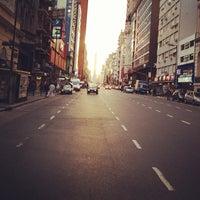 Foto tirada no(a) Avenida Corrientes por Maryanne S. em 10/10/2012