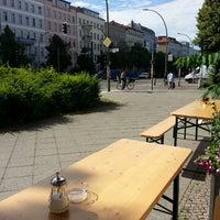 Das Foto wurde bei Café Hilde von Reuben H. am 6/21/2013 aufgenommen
