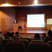 Foto tomada en Universidad Mayor Campus Manuel Montt por Jose manuel R. el 4/15/2013