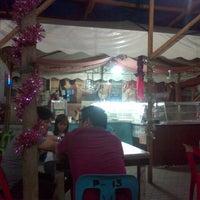 Photo taken at Pinobre Karinderya Ug Uban Pa by Philip Andrew on 12/30/2013