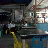 Photo taken at Pinobre Karinderya Ug Uban Pa by Philip Andrew on 1/7/2014