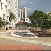 Photo taken at Symphony Park Swimming Pool by Telchan on 6/11/2014