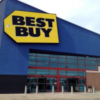 Photo taken at Best Buy by Steve P. on 4/6/2013