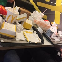 Photo taken at McDonald's by Jordy C. on 3/31/2017