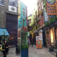 Photo taken at Neal's Yard Salad Bar by Aleksandra K. on 4/2/2014