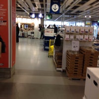 Photo prise au IKEA par Diana B. le10/16/2015