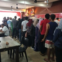 Photo taken at Restoran Sidah TTDI Jaya by Hafiz H. on 11/8/2016