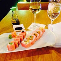 Photo taken at Oysy Japanese Sushi Restaurant by Mary S. on 11/20/2013