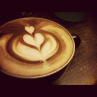 Photo taken at Koffie Opa by Hendra A. on 10/27/2012