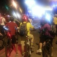Photo taken at Paseo Ciclista Barbas bike by Oasisantonio on 6/18/2014