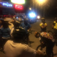 Photo taken at Paseo Ciclista Barbas bike by Oasisantonio on 9/28/2016