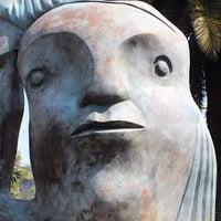 Das Foto wurde bei Paseo escultórico José Luis Cuevas von Oasisantonio am 2/2/2014 aufgenommen