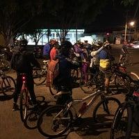 Photo taken at Paseo Ciclista Barbas bike by Oasisantonio on 1/27/2016