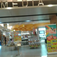 Photo taken at Gramedia by Rizal D. on 9/10/2014