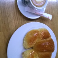 Photo taken at Nolita coffe by Montse R. on 6/29/2014