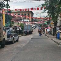 Photo taken at JB Roxas St. JP Rizal, Makati City by Anween on 12/4/2013