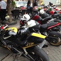 Photo taken at RAVINO by Fujin H. on 11/25/2012