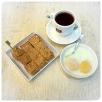 Photo taken at Toast Box 土司工坊 by 💞 Lala T. on 9/1/2014