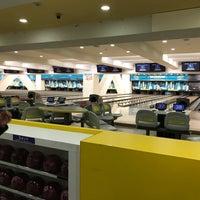 Photo taken at 品川プリンスホテル ボウリングセンター by toshiyuki F. on 12/28/2017