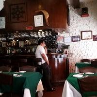 Foto tomada en Casa Armas Tapas Bar y Restaurante por Jerome I. el 3/16/2015