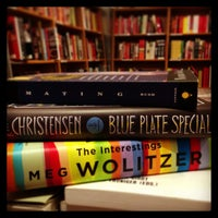 Photo prise au McNally Jackson Books par Laura S. le7/14/2013