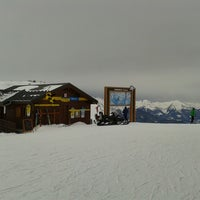 Photo taken at Piste du Chenus (2243m) by Rabid Rabbit on 1/29/2014