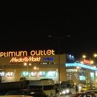 1/10/2013 tarihinde Refik B.ziyaretçi tarafından Optimum Outlet'de çekilen fotoğraf