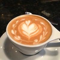 Foto tirada no(a) Southside Espresso por Daniel G. em 1/5/2013