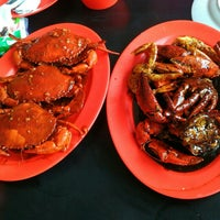 Photo taken at Dandito Seafood   Restaurant by Martin H. on 9/13/2015