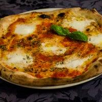 Foto scattata a Green Dragon da Nino - Ristorante Pizzeria da Green Dragon da Nino - Ristorante Pizzeria il 10/11/2013