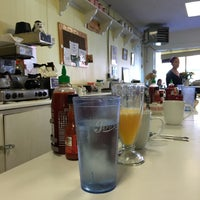 Photo taken at Pearl Street Diner by Alex R. on 9/25/2016