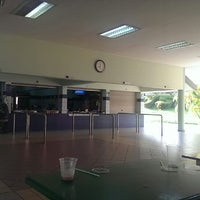 Photo taken at Sekolah Yayasan Sultan Haji Hassanal Bolkiah by Yusrimajid R. on 3/9/2014