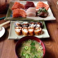 Photo taken at Nik Sushi by Renan O. on 6/6/2014