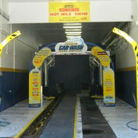 Photo taken at Best Shine Car Wash and Detail by Sonia G. P. on 9/28/2013