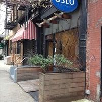 9/22/2012 tarihinde Erica Y.ziyaretçi tarafından Oslo Coffee Roasters'de çekilen fotoğraf