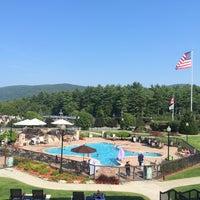 Photo taken at Holiday Inn Resort Lake George-Turf by Onur C. on 9/1/2015