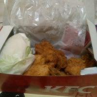 Photo taken at KFC by gusna n. on 1/25/2015